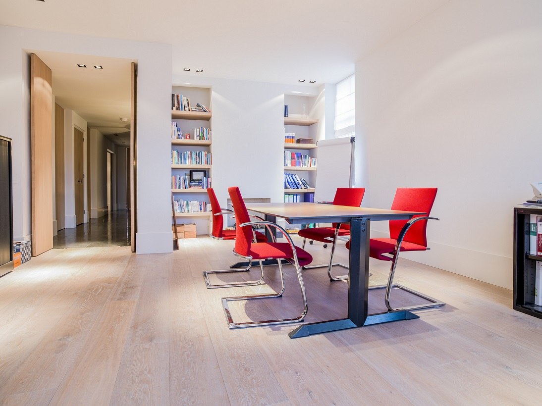 Prijs Eikenhouten Vloer : Gerookte eiken houten vloer
