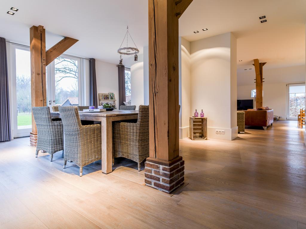 Kleurolie Eiken Vloer : Gerookte eiken houten vloer