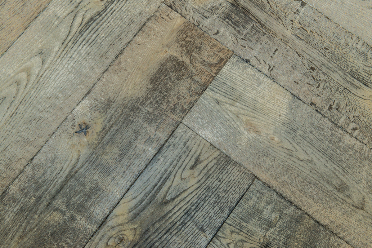 Visgraat vloer uipkes houten vloeren