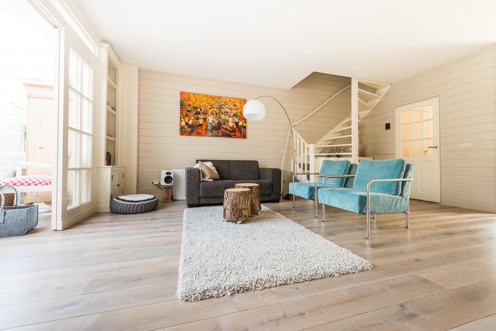 Interieur Woonkamer Eiken : Verouderd eiken vloer wit geolied zwolle baltussen parket