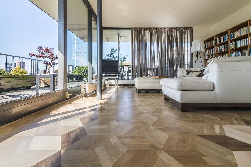Vloeren Winkel Rotterdam : Maple kubus vloer semi mat lak rotterdam parket onderhoud service